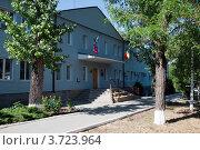 Здание администрации города Донецка Ростовской области, фото № 3723964, снято 23 июня 2012 г. (c) Андрей Попович / Фотобанк Лори
