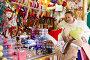 shopping at the Christmas market, фото № 6805768, снято 16 декабря 2014 г. (c) Яков Филимонов / Фотобанк Лори