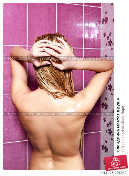 blondinka-moetsya-v-dushe-porno