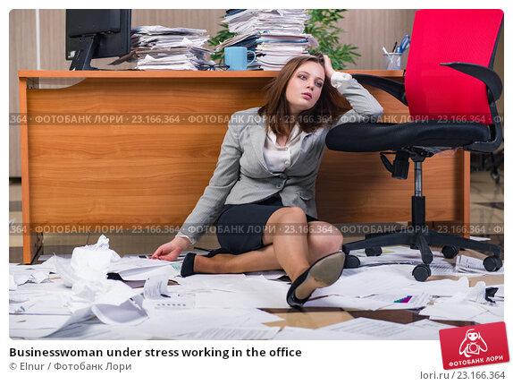 krasivoe-porno-video-v-ofise