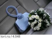 Купить «Букет невесты. Голубая дамская сумочка», эксклюзивное фото № 4048, снято 21 октября 2005 г. (c) Ирина Терентьева / Фотобанк Лори
