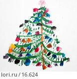 Купить «Детский рисунок: новогодняя елка», иллюстрация № 16624 (c) SummeRain / Фотобанк Лори