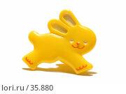 Купить «Игрушечный заяц», фото № 35880, снято 22 сентября 2018 г. (c) Угоренков Александр / Фотобанк Лори