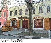 Купить «Трактир Рогожская слобода, Москва», фото № 38996, снято 18 апреля 2004 г. (c) Fro / Фотобанк Лори