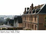 Купить «Крыши Шартра», эксклюзивное фото № 43732, снято 6 мая 2007 г. (c) Юлия Кузнецова / Фотобанк Лори