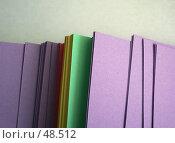 Купить «Цветная бумага для деловых записей», фото № 48512, снято 20 сентября 2018 г. (c) Галина  Горбунова / Фотобанк Лори