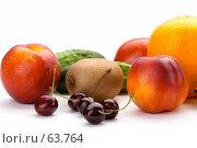 Купить «Натюрморт фрукты», фото № 63764, снято 17 июля 2007 г. (c) Dzianis Miraniuk / Фотобанк Лори