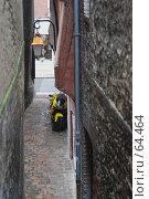 Купить «Улочка в старом городе», фото № 64464, снято 22 сентября 2019 г. (c) Лифанцева Елена / Фотобанк Лори