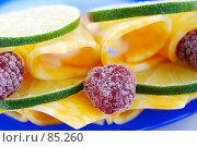 Купить «Сыр, лайм и малина», фото № 85260, снято 20 мая 2019 г. (c) Лифанцева Елена / Фотобанк Лори