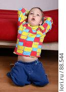 Купить «Малыш потягивается», фото № 88544, снято 4 июня 2007 г. (c) Harry / Фотобанк Лори