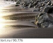 Купить «Камни, песок, вода», эксклюзивное фото № 90776, снято 3 августа 2007 г. (c) Михаил Карташов / Фотобанк Лори