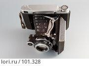 Купить «Старая фотокамера», фото № 101328, снято 29 июля 2006 г. (c) Александр Максимов / Фотобанк Лори