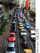 Купить «Автомобильная пробка», фото № 106276, снято 29 июля 2007 г. (c) Илья Малышев / Фотобанк Лори