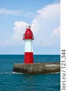 Купить «Маяк морского порта Сочи», фото № 121344, снято 16 августа 2007 г. (c) Петухов Геннадий / Фотобанк Лори