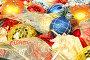Новогодние шары и праздничные ленты, фото № 146924, снято 19 декабря 2006 г. (c) Александр Паррус / Фотобанк Лори
