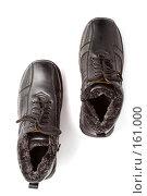 Купить «Пара мужских черных зимних ботинок со шнурками», фото № 161000, снято 26 ноября 2006 г. (c) Александр Паррус / Фотобанк Лори