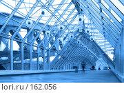 Купить «Синий стеклянный коридор», фото № 162056, снято 25 сентября 2007 г. (c) Бабенко Денис Юрьевич / Фотобанк Лори