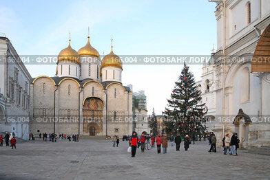 Купить «Вид Соборной площади», фото № 166004, снято 23 декабря 2007 г. (c) Parmenov Pavel / Фотобанк Лори