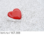 Купить «Красное сердечко», фото № 167308, снято 23 сентября 2018 г. (c) Валерий Александрович / Фотобанк Лори