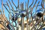 Металлические шары на металлическом дереве, фото № 169112, снято 3 января 2008 г. (c) Parmenov Pavel / Фотобанк Лори