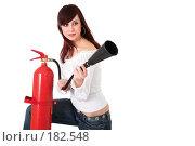 Купить «Девушка с огнетушителем на белом фоне», фото № 182548, снято 29 ноября 2006 г. (c) Коваль Василий / Фотобанк Лори