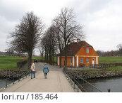 Купить «Зеландия. Мост и рыжий дом», фото № 185464, снято 3 января 2008 г. (c) Георгий Ильин / Фотобанк Лори