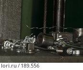 Купить «Приспособления, заготовки на верстаке», эксклюзивное фото № 189556, снято 24 января 2008 г. (c) Алина Голышева / Фотобанк Лори