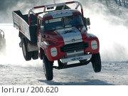 Купить «Кульминация  прыжка», фото № 200620, снято 6 февраля 2005 г. (c) Юрий Шпинат / Фотобанк Лори