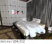 Купить «Современный интерьер спальни», иллюстрация № 204312 (c) Виктор Застольский / Фотобанк Лори