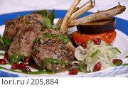 Купить «Жареное мясо на ребрышках», фото № 205884, снято 12 апреля 2007 г. (c) Владимир Власов / Фотобанк Лори