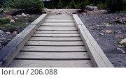 Купить «Деревянный тротуар», фото № 206088, снято 11 июля 2007 г. (c) Алёна Фомина / Фотобанк Лори