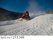 Купить «Гонка на снегоходах», фото № 213348, снято 20 января 2008 г. (c) Талдыкин Юрий / Фотобанк Лори