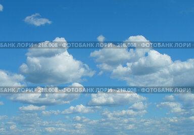 Купить «Небо. Облака», фото № 218008, снято 21 марта 2018 г. (c) ElenArt / Фотобанк Лори