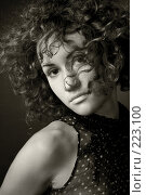 Купить «Портрет девушки», фото № 223100, снято 14 июля 2007 г. (c) Кирилл Николаев / Фотобанк Лори