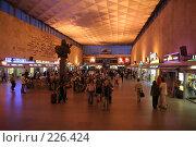 Купить «Московский вокзал Санкт-Петербурга ночью», фото № 226424, снято 21 августа 2007 г. (c) Евгений Батраков / Фотобанк Лори