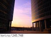 Купить «Урбанистический закат», фото № 245748, снято 31 марта 2008 г. (c) Захар Кибанов / Фотобанк Лори
