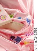 Купить «Шитьё», фото № 246592, снято 19 марта 2008 г. (c) Лифанцева Елена / Фотобанк Лори