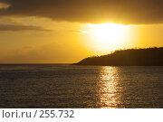 Купить «Восход на островах», фото № 255732, снято 16 февраля 2006 г. (c) Николай / Фотобанк Лори