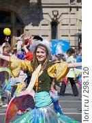 Купить «Карнавал 2008. Танцующая девушка. Санкт-Петербург.», эксклюзивное фото № 298120, снято 24 мая 2008 г. (c) Александр Щепин / Фотобанк Лори