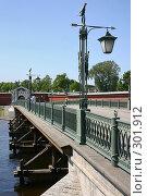 Купить «Санкт-Петербург.Фонарь моста в Петропавловскую крепость.», фото № 301912, снято 28 мая 2008 г. (c) Александр Секретарев / Фотобанк Лори