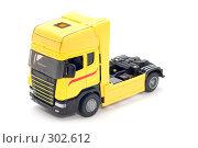 Купить «Желтый грузовик», фото № 302612, снято 27 мая 2008 г. (c) Угоренков Александр / Фотобанк Лори