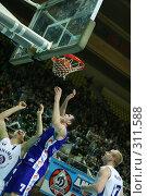 Купить «Баскетбол», фото № 311588, снято 3 мая 2004 г. (c) Морозова Татьяна / Фотобанк Лори