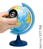 Купить «Глобус и стетоскоп на белом фоне», фото № 317768, снято 21 мая 2008 г. (c) Мельников Дмитрий / Фотобанк Лори