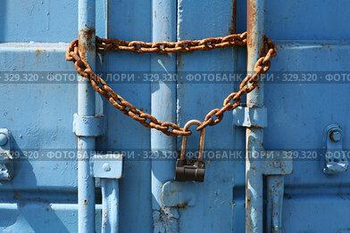 Купить «На замке», фото № 329320, снято 27 мая 2008 г. (c) Игорь Веснинов / Фотобанк Лори
