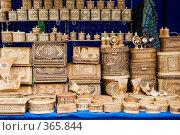 Купить «Сувениры из бересты», эксклюзивное фото № 365844, снято 19 июля 2008 г. (c) Александр Щепин / Фотобанк Лори