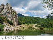 Купить «Красный Камень, Крым», фото № 387240, снято 28 июля 2008 г. (c) Смыгина Татьяна / Фотобанк Лори