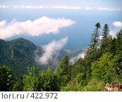 Купить «Облака и горы над Гагрой», фото № 422972, снято 22 августа 2007 г. (c) Андрей / Фотобанк Лори