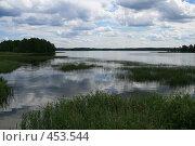 Вид на Валдайское озеро (2008 год). Редакционное фото, фотограф Дмитрий Федяков / Фотобанк Лори