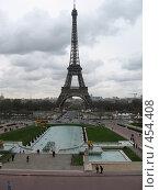 Купить «Эйфелева башня», фото № 454408, снято 24 марта 2008 г. (c) Алешина Екатерина / Фотобанк Лори