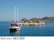 Яхта в море. Редакционное фото, фотограф A Большаков / Фотобанк Лори